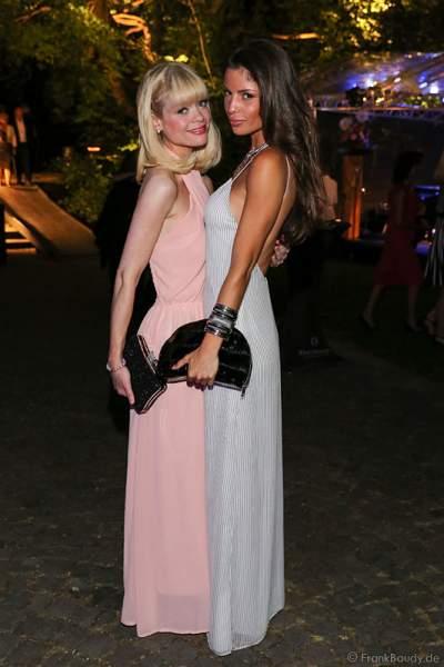 Alissa Harouat mit Freundin bei den Nibelungen-Festspiele 2014, born this way