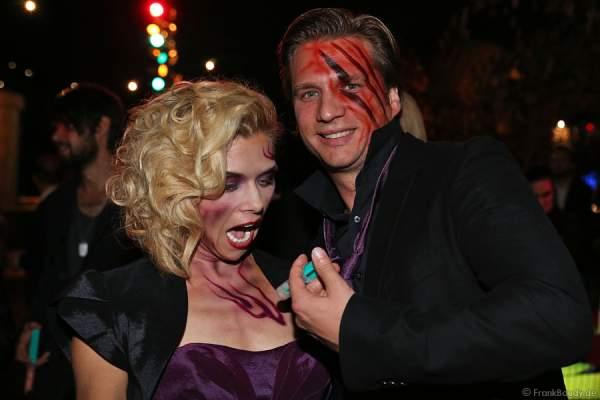 Tanja Szewczenko und Freund Norman Jeschke bei der Horror Glam Night 2014 im Europa-Park