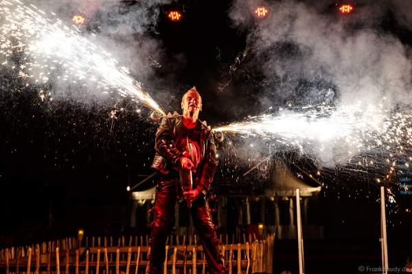 Hubertus Wawra - Master of Hellfire bei der Horror Glam Night 2014
