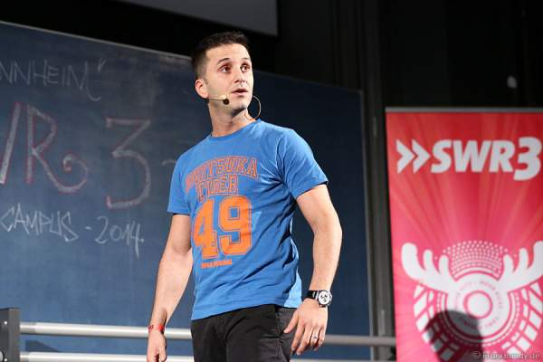 Özcan Cosar beim SWR3 Comedy-Campus