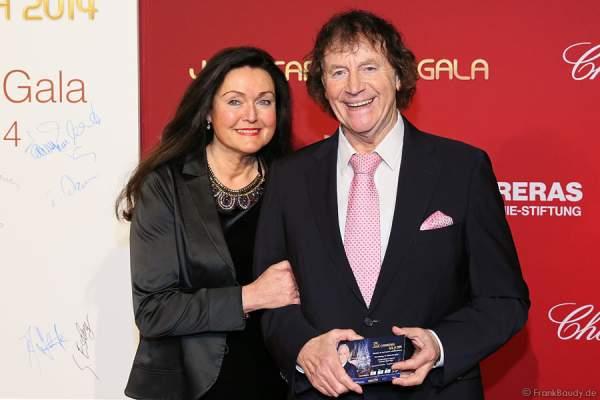 Franz Lambert mit Frau Christa Maria Lambert bei der Carreras Gala am 18.12.2014 im Europa-Park in Rust