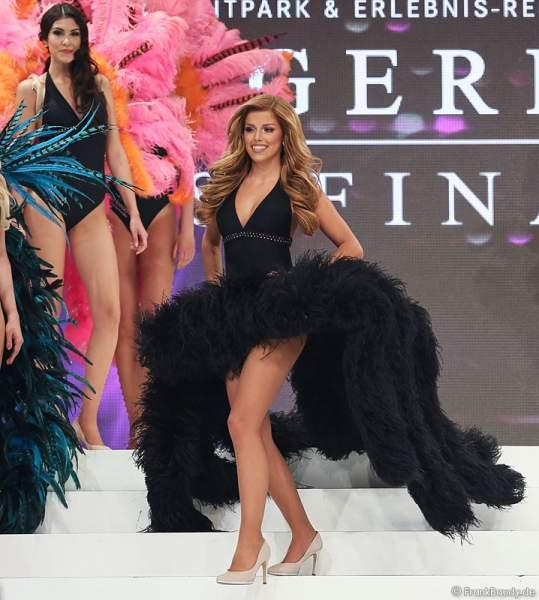 Vize-Miss Germany 2015 - Julia Kraml - im Badeanzug