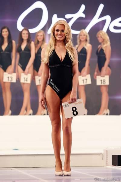 Johanna Orthey, Miss Rheinland-Pfalz 2015, im Badeanzug beim Miss Germany 2015 Finale im Europa-Park