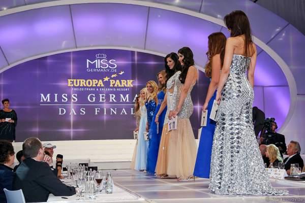 Die 8 Finalistinnen stellen sich der VIP-Jury beim Miss Germany 2015 Finale
