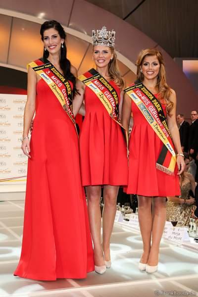 3. Miss Germany 2015 - Lisa Wargulski, Miss Germany 2015 - Olga Hoffmann, Vize-Miss Germany 2015 - Julia Kraml beim Finale im Europa-Park