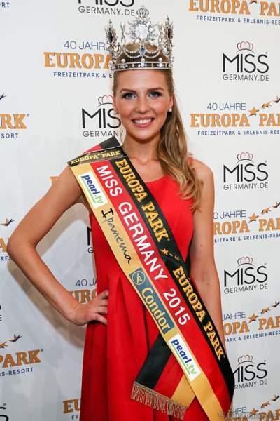 Miss Germany 2015 - Olga Hoffmann (Miss Pearl.tv 2015) beim Finale im Europa-Park