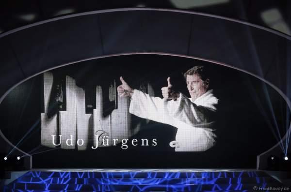 Hommage an Udo Jürgens bei der Wahl der Miss Germany 2015 im Europa-Park