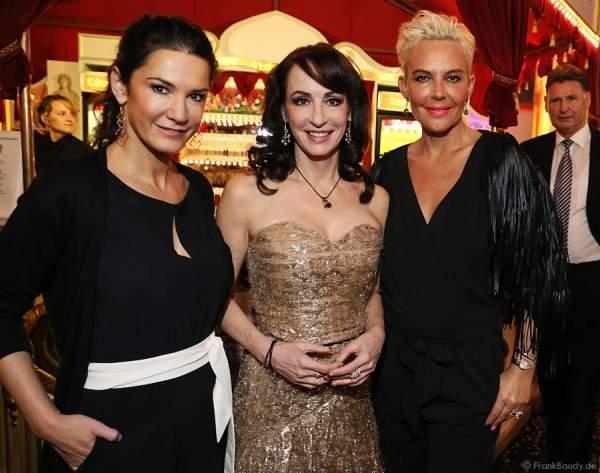 Mariella Ahrens, Anna Maria Kaufmann und Natascha Ochsenknecht beim Miss Germany 2015 Finale im Europa-Park
