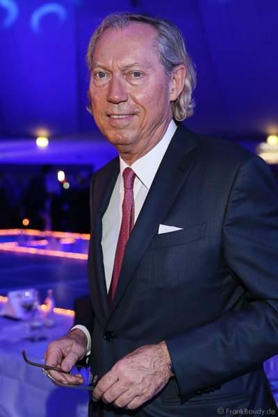 Prof. Dr. Dr. Werner Mang beim Miss Germany 2015 Finale im Europa-Park