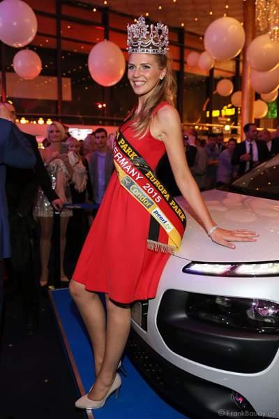 Olga Hoffmann - Miss Germany 2015 - bekommt ihr Auto