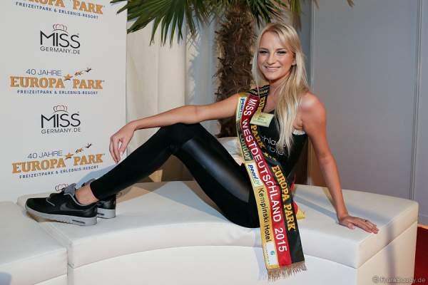 Katharina Laible, Miss Westdeutschland 2015, Backstage beim Miss Germany 2015 Finale