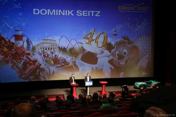 Der bisherige Pressesprecher Dominik Seitz stellt seinen Nachfolger Jakob Wahl vor