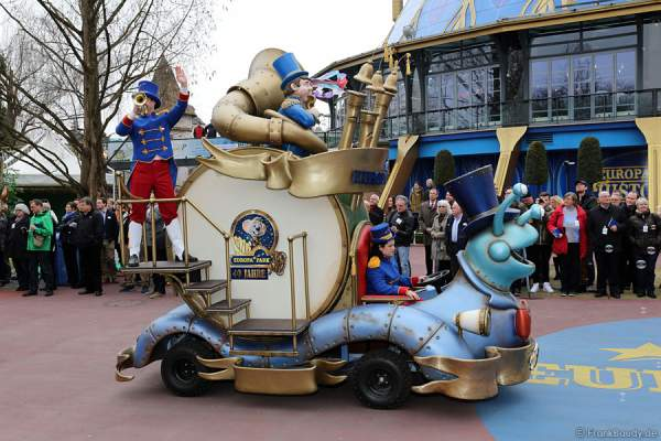 Die neuen Parade im Europa-Park 2015
