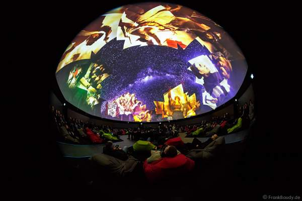 360 Grad-Kino Traumzeit-Dome im Europa-Park mit Projektionsshow Beautiful Europe