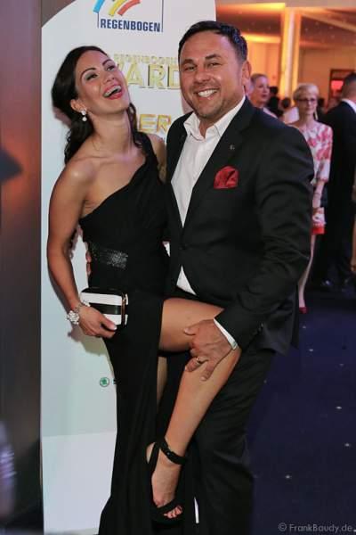 Dr. Jos Gal mit Ehefrau Timea Csata beim Radio Regenbogen Award 2015 im Europa-Park