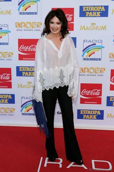 Iris Berben auf dem roten Teppich beim Radio Regenbogen Award 2015