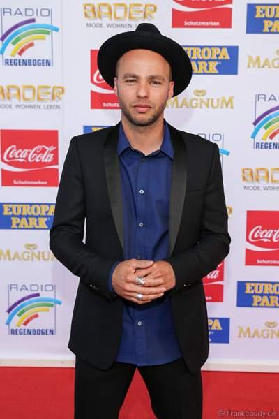 Marlon Roudette auf dem roten Teppich beim Radio Regenbogen Award 2015