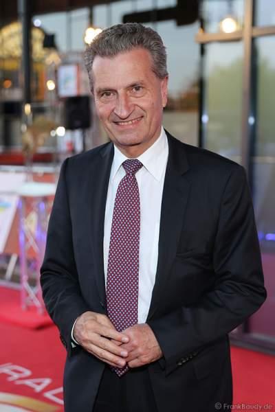 Günther Oettinger beim Radio Regenbogen Award 2015