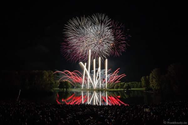 Feuerwerk am See bei Rhein in Flammen - Bonn 2015