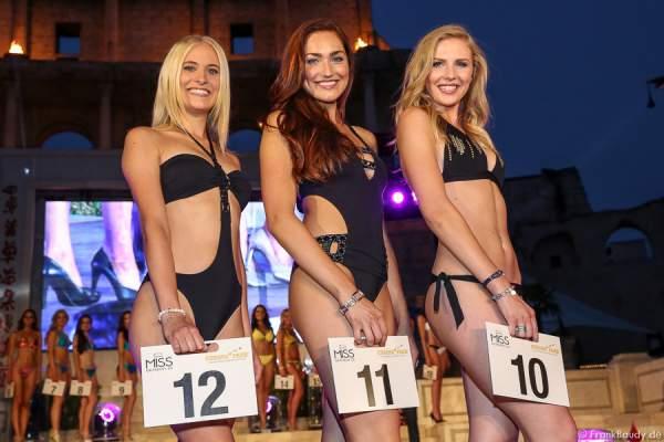 Team Deutschland - Nicola Koska, Sandra Kohns, Olga Hoffmann im Bikini und Badeanzug