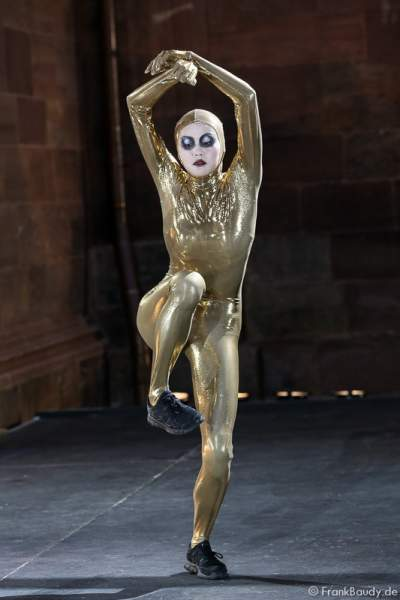 Chen-Wei Lee bei Gemetzel - Nibelungen-Festspiele 2015 in Worms