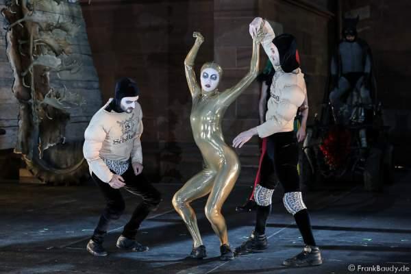 Jesus Capel Luna (Tanz), Chen-Wei Lee (Tanz),Jason Respilieux (Tanz)