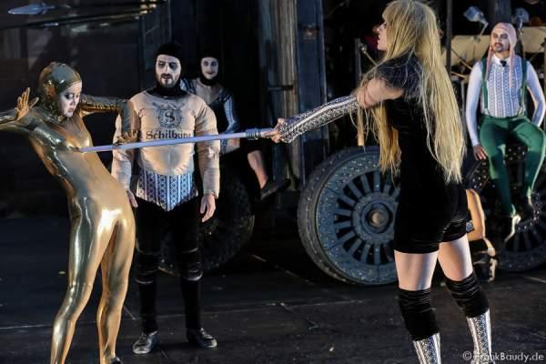 Tänzer bei Gemetzel - Nibelungen-Festspiele 2015 in Worms