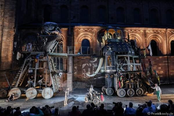 Die Inszenierung Gemetzel bei den Nibelungen-Festspiele 2015 in Worms