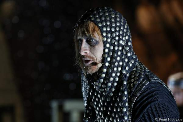 Gabriel Raab (Gerenot) bei Gemetzel - Nibelungen-Festspiele 2015 in Worms