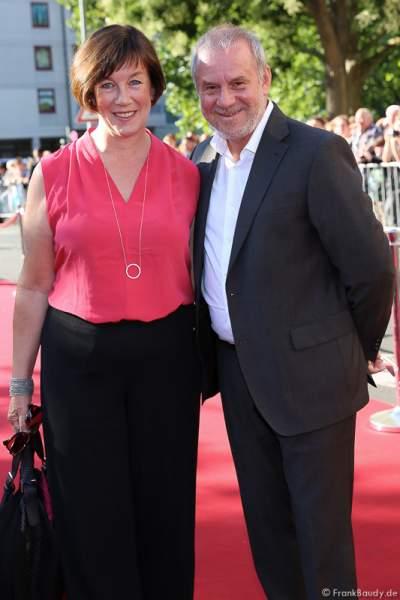 Joachim Krol und Ehefrau Heidrun Teusner-Krol bei der Premiere von Gemetzel - Nibelungen-Festspiele 2015 in Worms