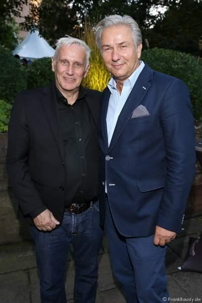 Klaus Wowereit mit Lebenspartner Joern Kubicki bei der Premiere von Gemetzel - Nibelungen-Festspiele 2015 in Worms