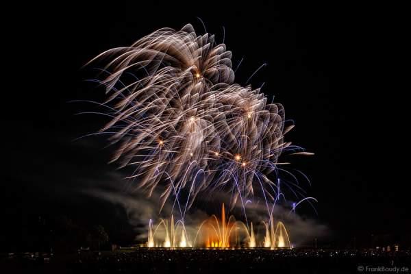 Feuerwerk Show ALSACE - 70 Jahre Frieden - Art et Lumière, Furdenheim 2015