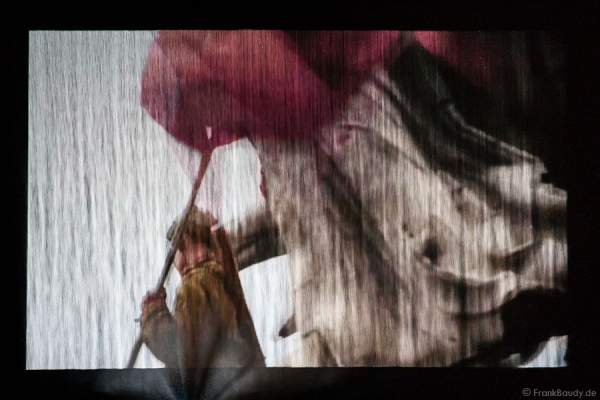Furdenheim feiert mit Show ALSACE 70 Jahre Frieden - Wasserleinwand