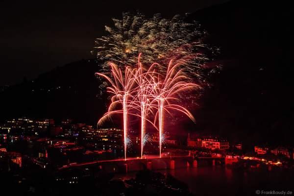 Feuerwerk auf der Alten Brücke bei der 3. Heidelberger Schlossbeleuchtung 2015