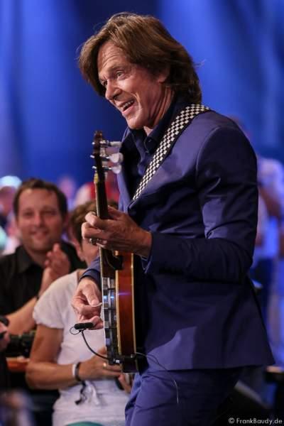 Jürgen Drews mit Banjo bei der Stadlshow 2015 in Offenburg