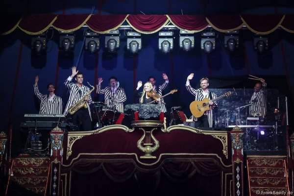 Das Orchester bei Salto Vitale des Circus Roncalli