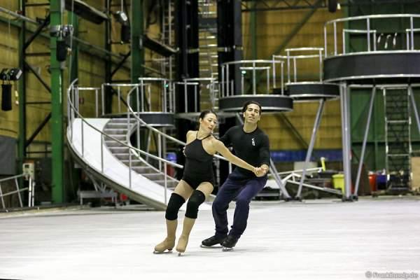 Robin Johnstone und Andy Buchanan beim Paartraining von Holiday on Ice neuester Show BELIEVE