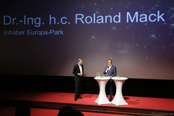 Inhaber Dr.-Ing. h.c. Roland Mack bei der Pressekonferenz Europa-Park Winter 2015/2016