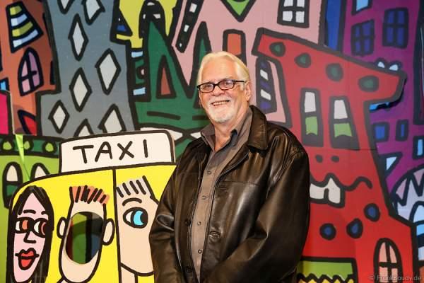 Der New Yorker Elektriker Bill Rizzi zeigt das Lebenswerk seines Bruders James Rizzi in einer Ausstellung im Europa-Park 2015/2016