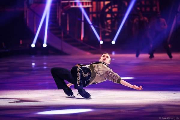 Denis Balandin als Kurt bei der Eisshow BELIEVE von Holiday on Ice 2015/2016