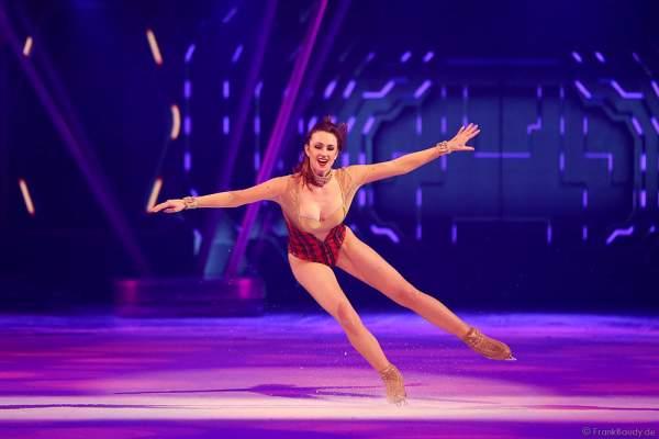 Mary Siegel bei der Eisshow BELIEVE von Holiday on Ice 2015/2016
