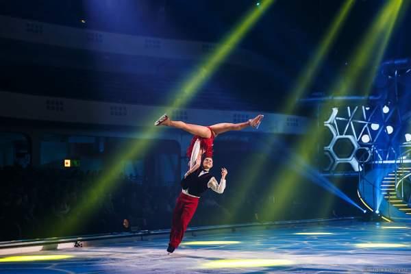 Daria Perminova und Evgeny Belianin bei der Eisshow BELIEVE von Holiday on Ice