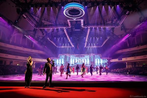 Nica & Joe (Veronika Belyavskaya & Joseph Guyton) bei der Holiday on Ice Premiere von BELIEVE 2015/2016