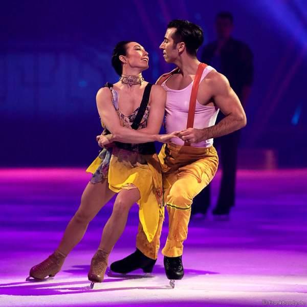 Robin Johnstone als Clarissa und Andrew (Andy) Buchanan als Antonio bei Holiday on Ice Show BELIEVE