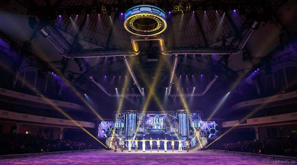 Finale bei Holiday on Ice Show BELIEVE in der Festhalle Frankfurt