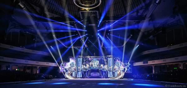 Finale bei Holiday on Ice Show BELIEVE in der Festhalle Frankfurt 2015/2016