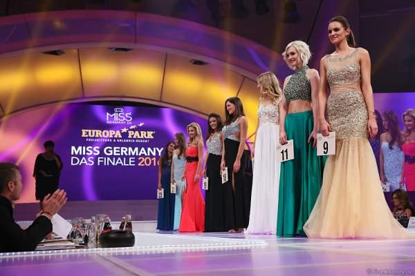 Die Top 8 der Miss Germay Wahl 2016 präsentieren sich der VIP-Jury