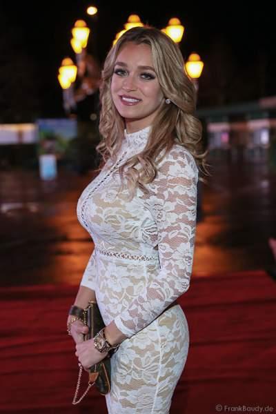 Carina Lutz bei der Miss Germany 2016 Wahl im Europa-Park am 20.02.2016