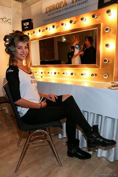 Vera Weimer (Miss Hamburg 2016) Backstage bei den Vorbereitungen zur Miss Germany 2016 Wahl