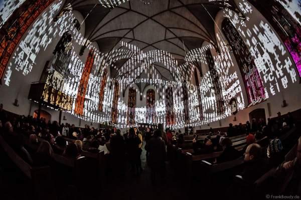 Typografische Licht-Installation in der Evangelischen Stadtkirche St. Katharinen an der Hauptwache bei der Luminale 2016